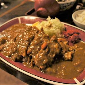 あげいん/天塩町/スナック感満載な昭和の喫茶店で 天塩産シジミのラーメンと名物ボリュームカツカレー!