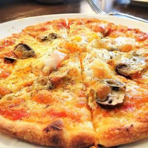 エルスカ/札幌市中央区/900円のランチにシードルがセット!異国のオシャレ空間でとろーり半熟卵のピザ