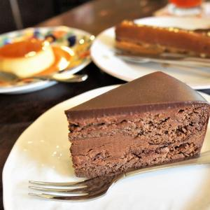 ププリエ/札幌市/思わず悶絶!看板商品チョコレートケーキのキメと後味が秀逸すぎる…♡