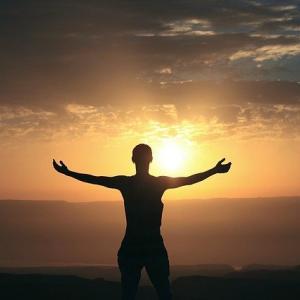 人生で一度くらいは「自身を制御しきれないほどの気持ち」を楽しまないと 株の醍醐味と恋愛の醍醐味