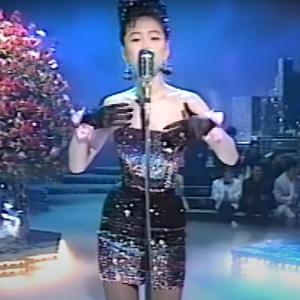 我々世代の歌姫は相当エロかったんだな 22歳の「TATTOO」