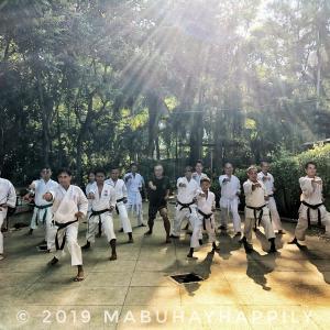【ミンダナオ島ぶらり旅】ダバオ市内のピープルズパークにて日本の伝統空手松濤館流の稽古に参加させて頂きました!