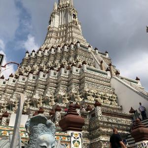 【東南アジアぶらり旅】ワット・アルン/全ての観光客が息を吞む巨大で美しい仏塔がそこにはある!ver.2020