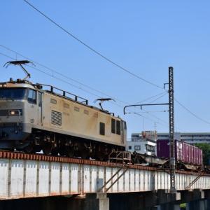 夏空の下、EF510 509号機が牽引する4071レ貨物列車を撮影(R2.8.24)