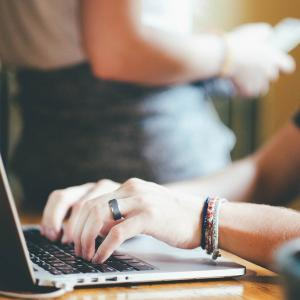 【PV・収益公開】会社員がブログを毎日更新してみた(運営7ヶ月)