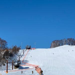 百年ぶりのスキー場で・・・