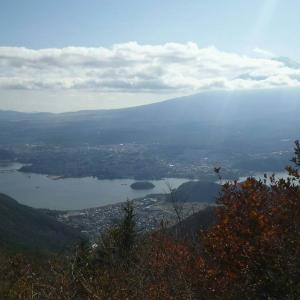 新道峠の行き方解説!散歩気分で富士山と河口湖の絶景を眺めよう!