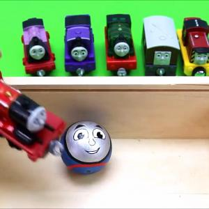 Kids Play Thomas and Friends Toy Train Engine Wooden Toys Balls Color Toys For Kids