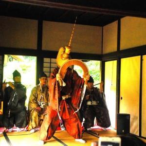 日本民家園「五箇山と南砺かやってくる」へ