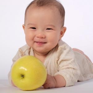 冬の季節にオススメ!赤ちゃんに優しい服装の選び方と手作りのススメ