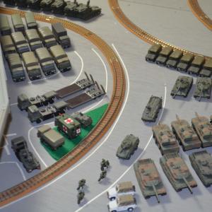 Nゲージ 昴駐屯地 輸送車両を並べなおしてみました。