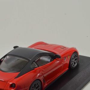 1/64 599 GTO 京商 フェラーリ ミニカーコレクション9 ミラーの塗装とマフラーに穴あけ加工しました。