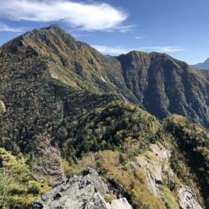 甲斐駒ケ岳に登る〜日向八丁尾根を下る
