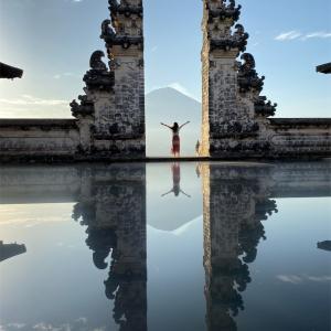 バリ島のインスタ映えスポット!ランプヤン寺院
