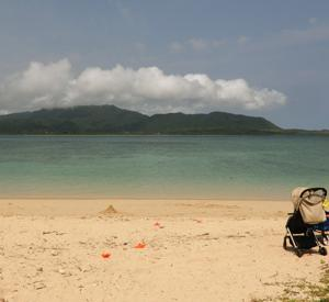 小浜島、エメラルドグリーンの海 写真20枚をHPにアップ!