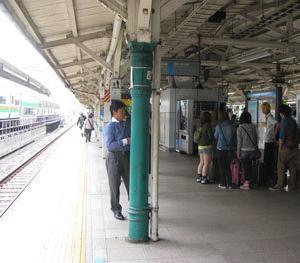 東京駅…なくなってゆく明治の建築と今風キロポスト