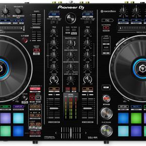 Pioneer DJからrekordbox DJコントローラー「DDJ-800」が発表された現在、お買い得なのは1周目シリーズの松竹梅の「竹」ランクの「DDJ-RR」