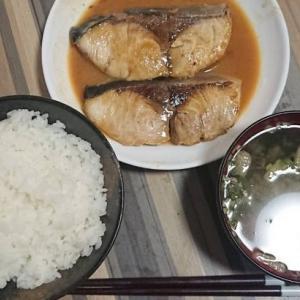 【痩せる方法】食べる順番変えるだけでマイナス3㎏?!