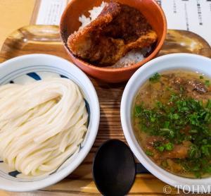 【福岡・赤坂】牛スジ肉と食べるもちもちうどん!