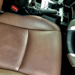 【車】本革シートの正しい手入れ方法