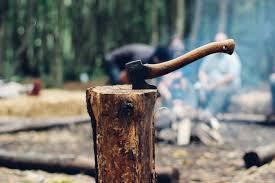 キャンプで女性や子供でも簡単に薪割が出来る!!薪割のお助けアイテム「TRIPATH × myX TW-KUSABI(くさび)」