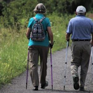 高齢者 足腰の衰え