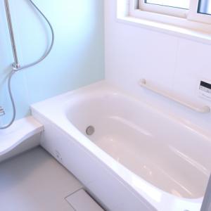 お風呂でもっと寛ごう!入浴に欠かせない便利グッズを紹介!