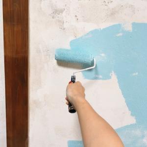 ペンキ塗り。続き アクアブルー