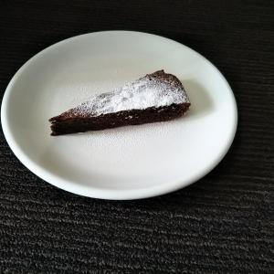 簡単に本格的なガトーショコラを作ってみませんか?