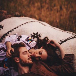 パートナーと自由で喜びに満ちた世界を築くために