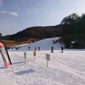 すいていたスキー場とスキー学校