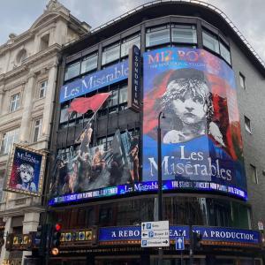 ロンドン満喫。レミゼラブルのミュージカルを見に行こう。チケットの取り方や服装などを解説