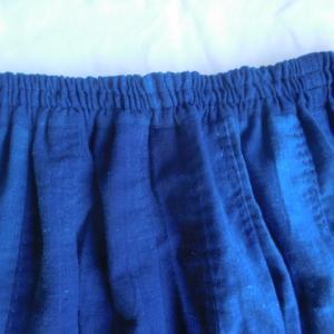 柔らか〜い藍無地のスカートも!