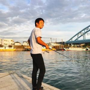 旧江戸川の妙見島でウナギをねらう