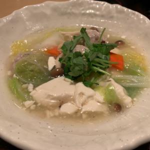 大戸屋の豆腐と肉団子のトロトロ煮定食がおいしかったよ