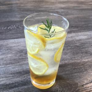 『自家製レモネード』国産レモン使用♪テイクアウトもOKです