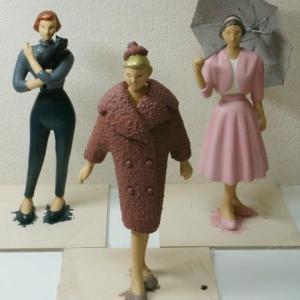 COOL氏の人形  「Vintage Style」シリーズの人形3体の彩色を始めました。