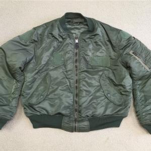 アメリカの軍服 空軍グランドクルー用MA–1とは?  0289    🇺🇸   ミリタリー