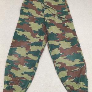 ベルギーの軍服 陸軍空挺迷彩オーバーパンツ(ジグソーパターン)とは?  0297   🇧🇪  ミリタリー