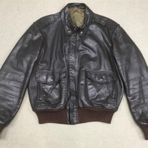 【アメリカの軍服】空軍レザーフライトジャケットA–2(アメリカ製モデル品)とは? 0392 🇺🇸ミリタリー