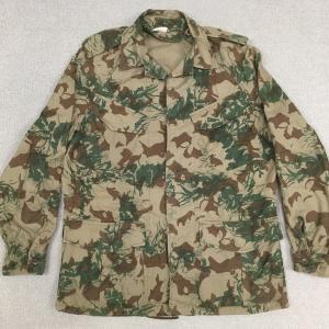 製造ミス??【南アフリカ装備品】警察(SAP)特殊部隊迷彩フィールドジャケット(プリントずれ・ライナーなし)とは? 0760 🇿🇦 ミリタリー