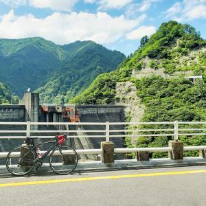 ダム良いよね  峠の高いとこでダム見ながら休憩してる瞬間が自転車乗ってて一番幸せを感じる