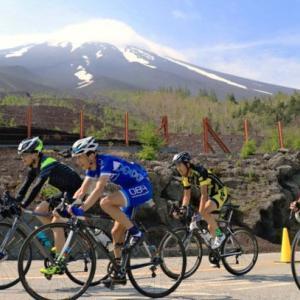 富士ヒルクライムは流石に雨の中荷物背負って上り下り