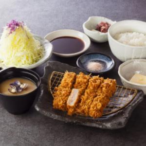まるかつ奈良本店の厚切りロースかつ定食