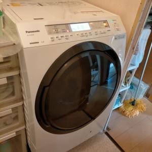 なんとかドラム式洗濯機の搬入に成功