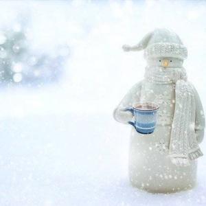 常に白い雪がふる呪いの王国の物語、カクヨムのウエブコンテストに挑戦しています