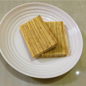 インドネシア版バームクーヘン(?) Kue Lapis。