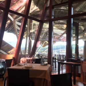 5つ星ホテル「マルケス・デ・リスカル・ワイナリー・ホテル」のなんだかかわいい朝食 at 1860 Tradición