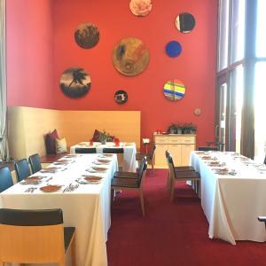 ギラギラした5つ星ホテル「マルケス・デ・リスカル・ワイナリー・ホテル」のミシュラン1つ星ディナー
