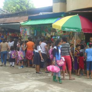 フィリピンの隠れた暗部、初等教育とその内実